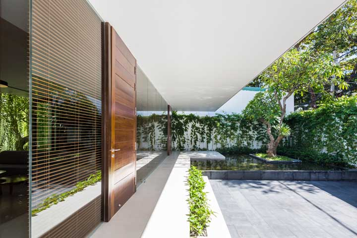 A cerca viva traz aquele clima relaxante da natureza para dentro de casa