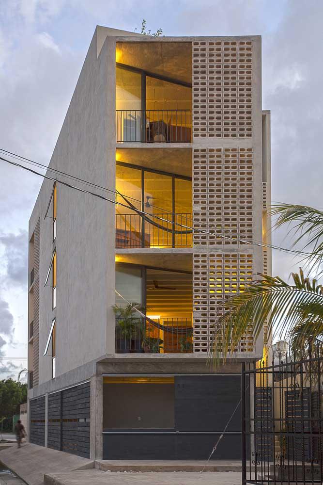 Por fora, os cobogós deixam as fachadas dos prédios mais bonitas, já por dentro, os apartamentos ganham em luminosidade