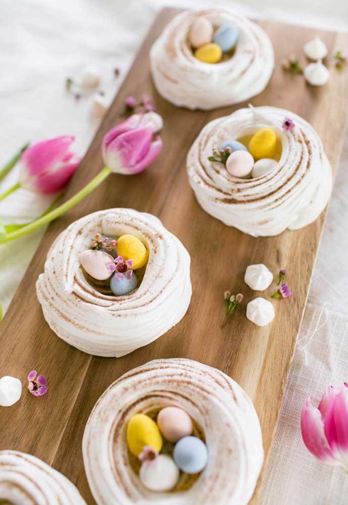 Use a criatividade para fazer doces diferenciados, levando em consideração alguns símbolos da Páscoa