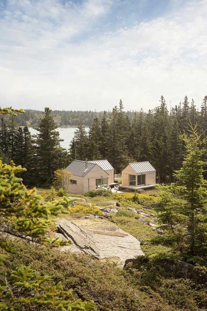 Casa de campo com edícula pequena, ideal para receber amigos e familiares