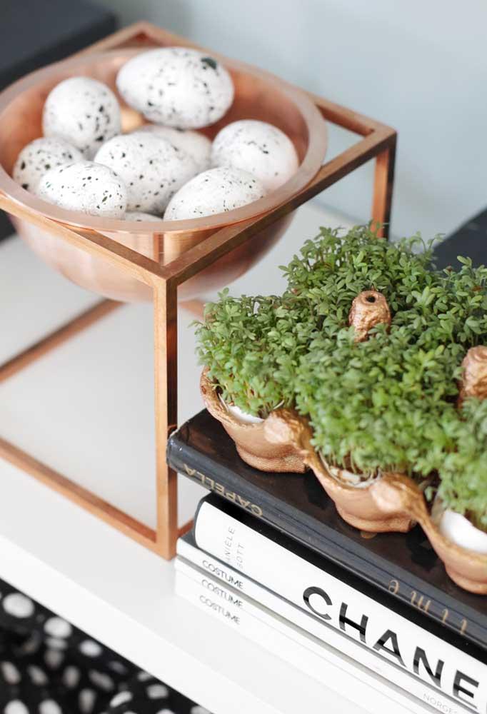 Na hora de fazer a decoração de páscoa, você pode optar por objetos decorativos mais sofisticados.