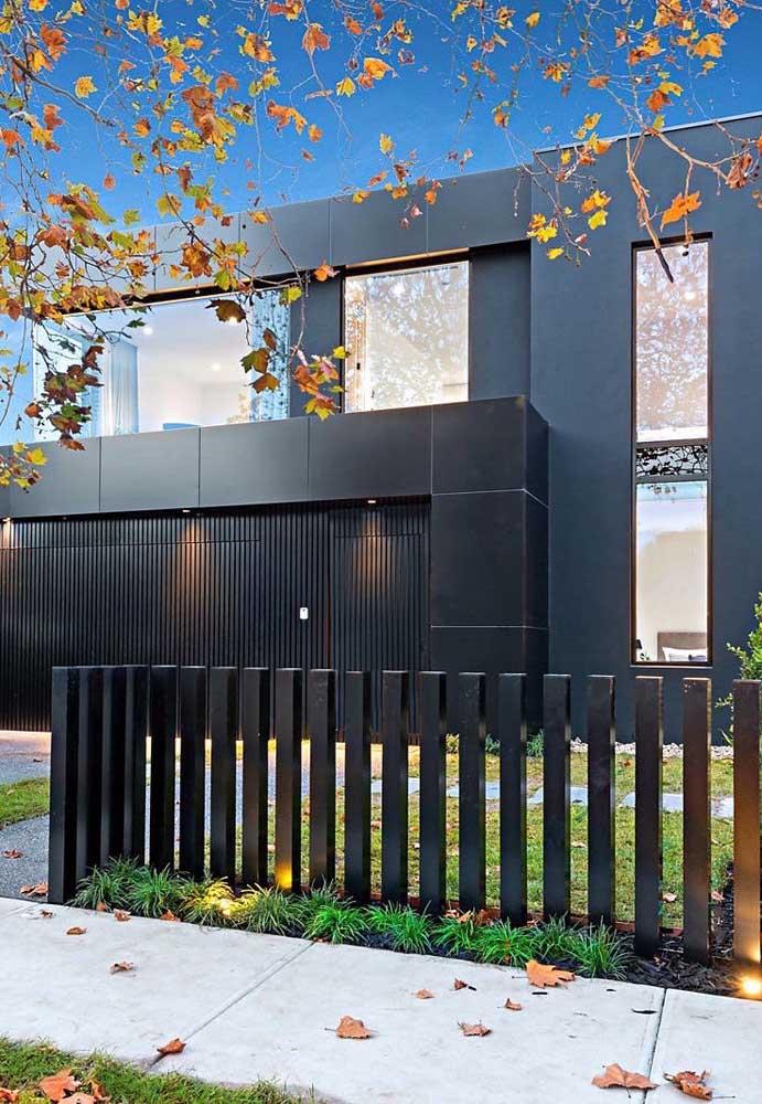 Fachada de muro moderna, perfeita para o estilo da residência