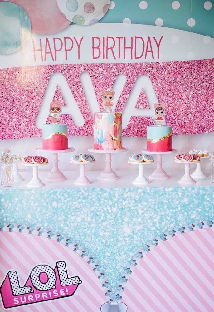 Quer arrasar na festa de aniversário Lol? Faça um bolo diferenciado para cada bonequinha.