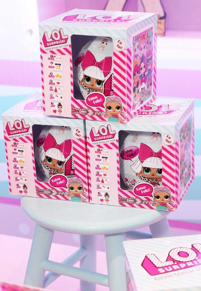 O que acha de investir em bonequinhas Lol personalizadas especialmente para a festa de aniversário?