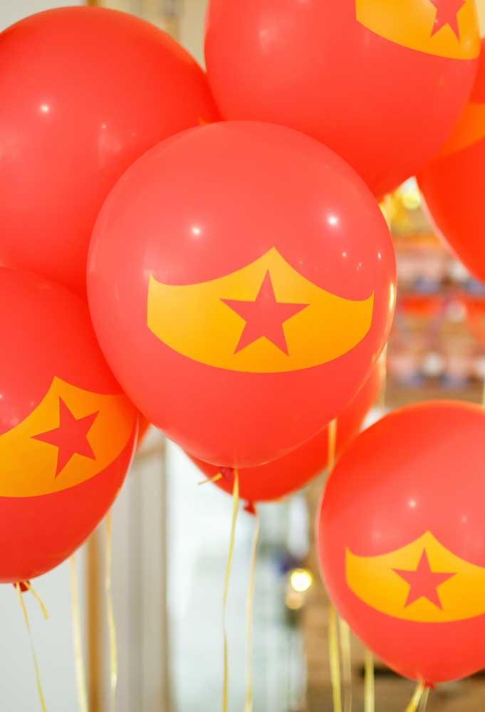 Os balões nunca saem de moda, mas agora seguem uma linha mais personalizada de acordo com o tema.