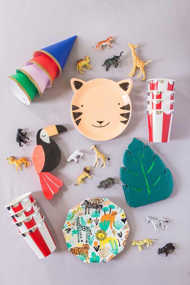 Festa na caixa com os animais da floresta