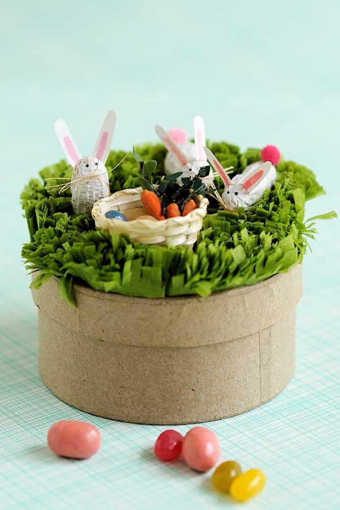 Festa na caixa para celebrar a Páscoa