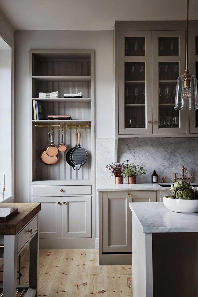 Granito branco Itaúnas para a cozinha aconchegante