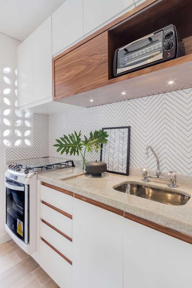 Granito branco Aqualux para a bancada da pia da cozinha