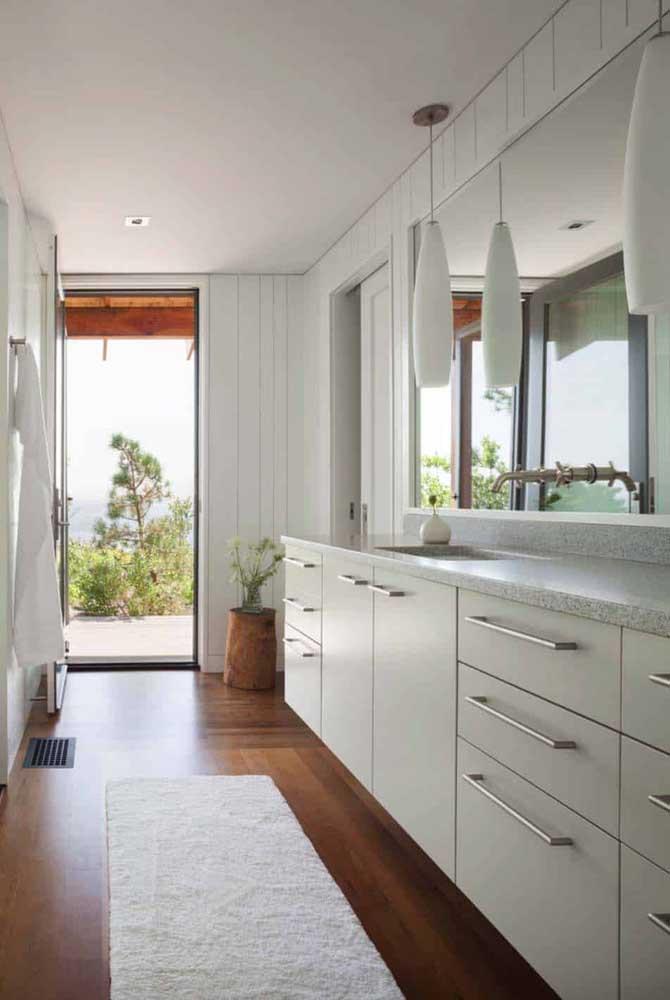 Inspiração de bancada em granito branco Fortaleza para a cozinha clean