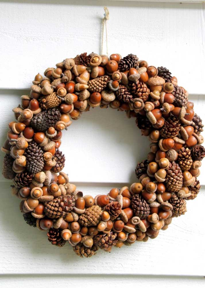 Guirlanda de natal de nozes! As frutas típicas dessa época do ano ganham espaço também na decoração