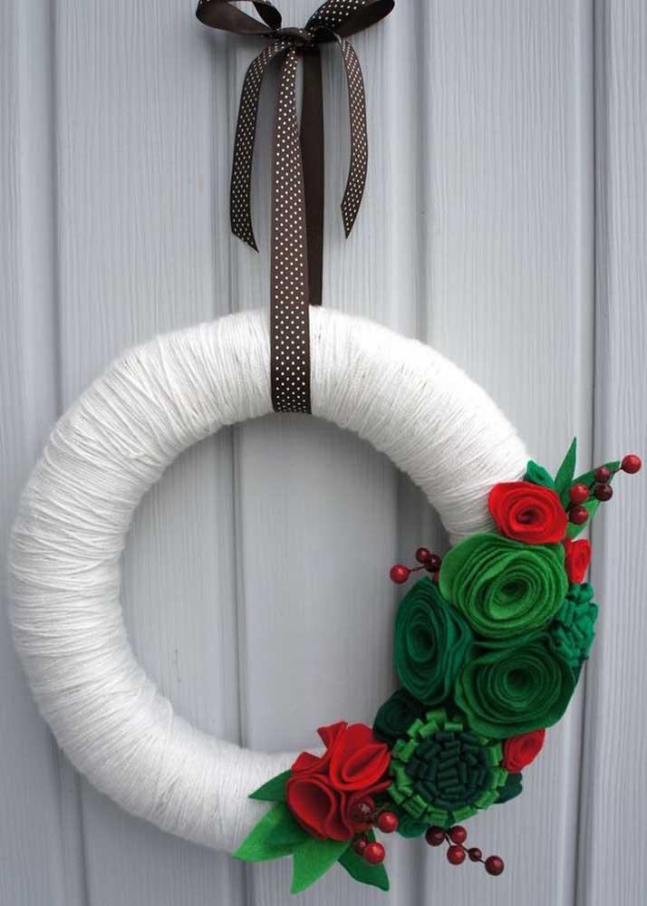 Olha o feltro aí mais uma vez, demonstrando toda sua versatilidade na decoração de natal