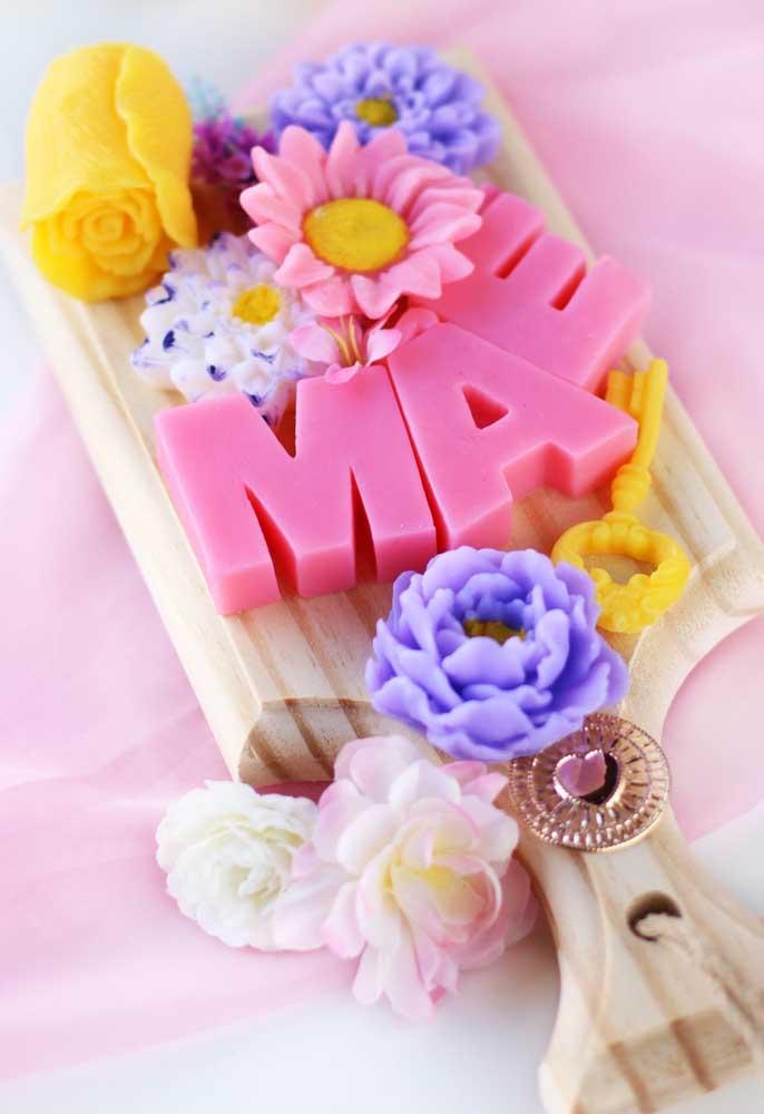 O sabonete é um dos presentes mais delicados para o dia das mães, principalmente, quando são personalizados.