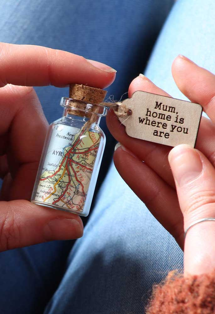 Para as mamães aventureiras que estão sempre viajando pelo mundo, tem presente melhor que esse?