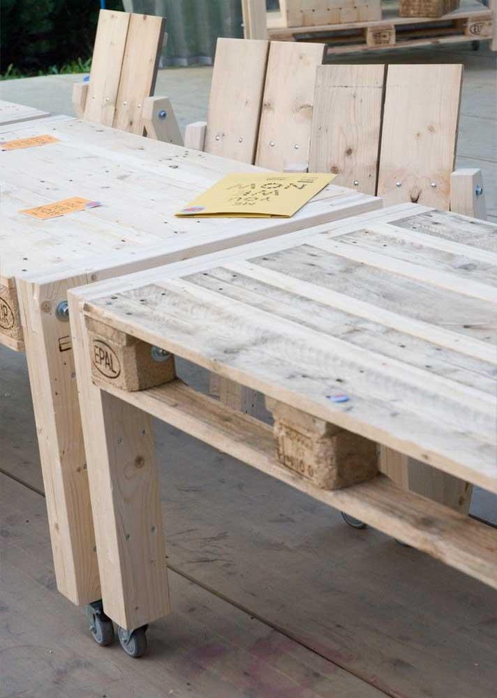 Conjunto para lá de sustentável: mesa e cadeira de pallets