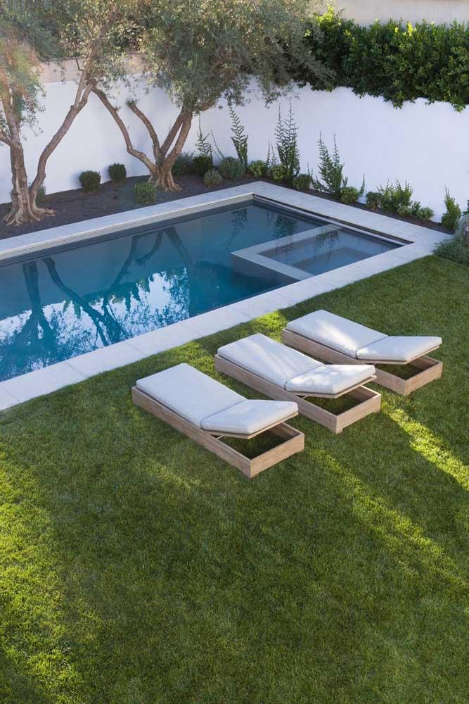 O trabalho de paisagismo também é importante para garantir a estética do projeto da área externa