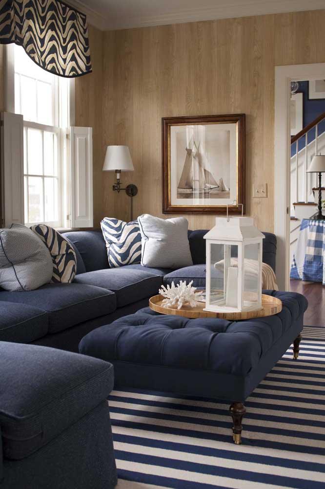 Sofá azul de canto: ótima pedida para quem precisa otimizar o espaço da sala