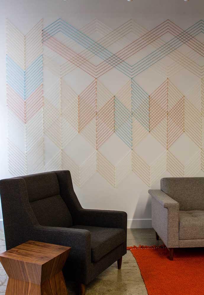 Com String Art dá para decorar uma parede inteira; experimente usar a técnica no lugar do papel de parede ou da texturização, por exemplo