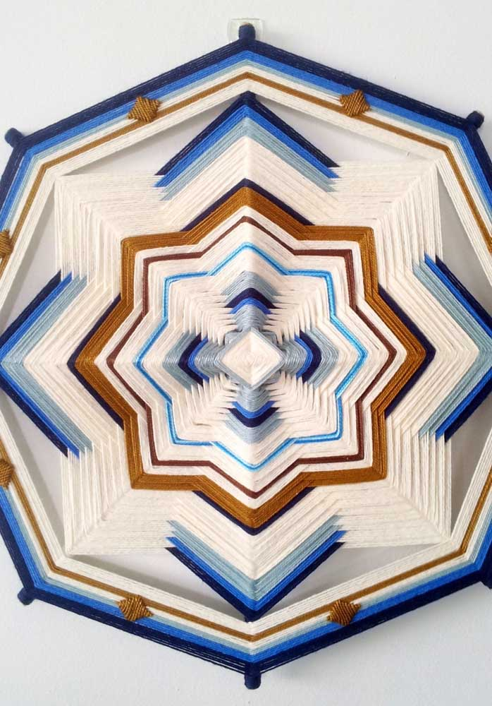 Mandala String Art para atrair boas energias para casa