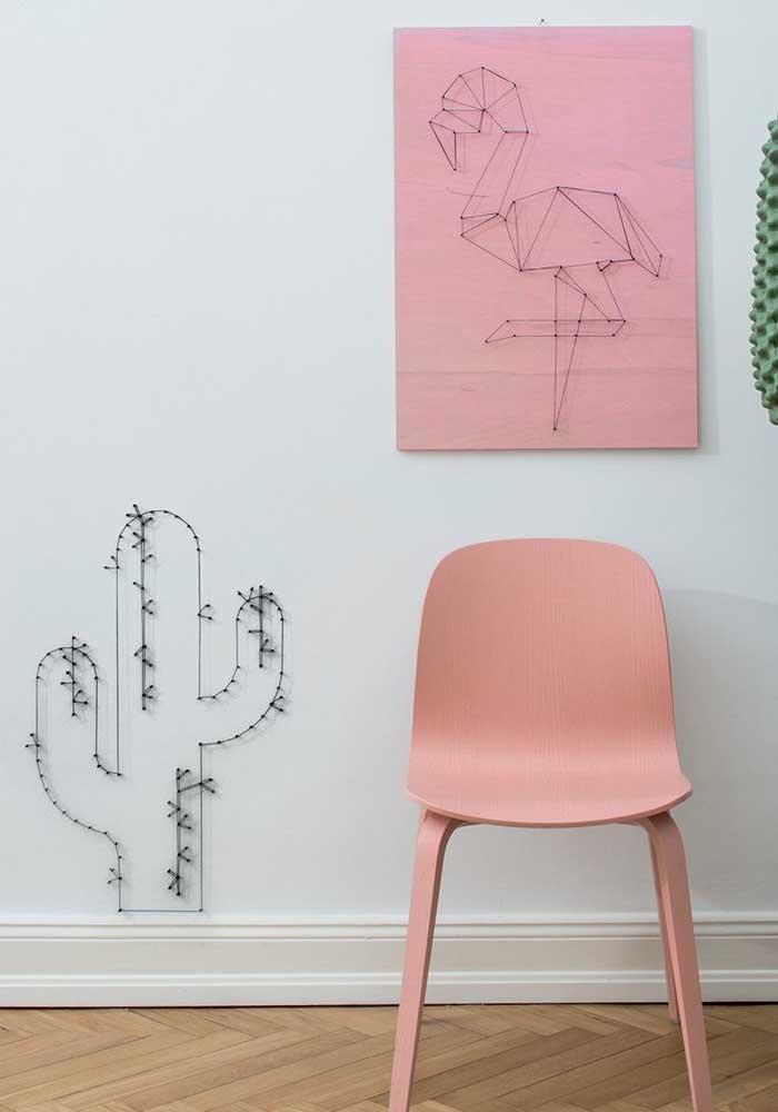 Cacto e flamingo em String Art; duas tendências do momento em uma versão de fios e pregos