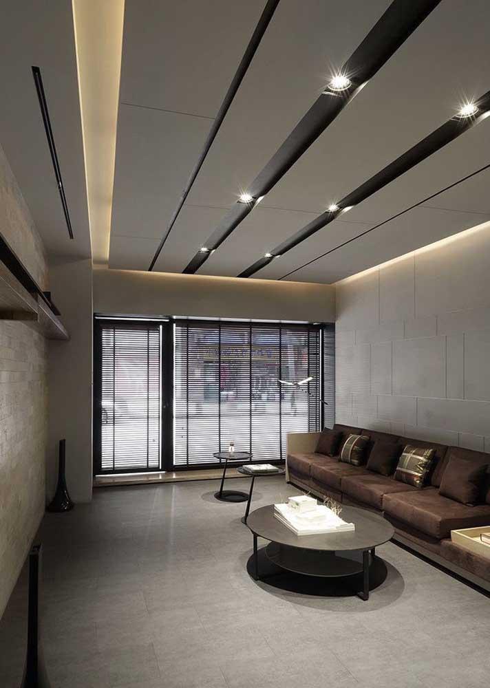 Inspiração de teto de gesso com iluminação embutida