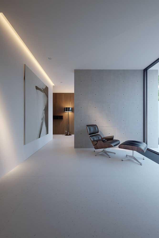Ambiente contemporâneo com teto de gesso tabicado e iluminação em LED embutida