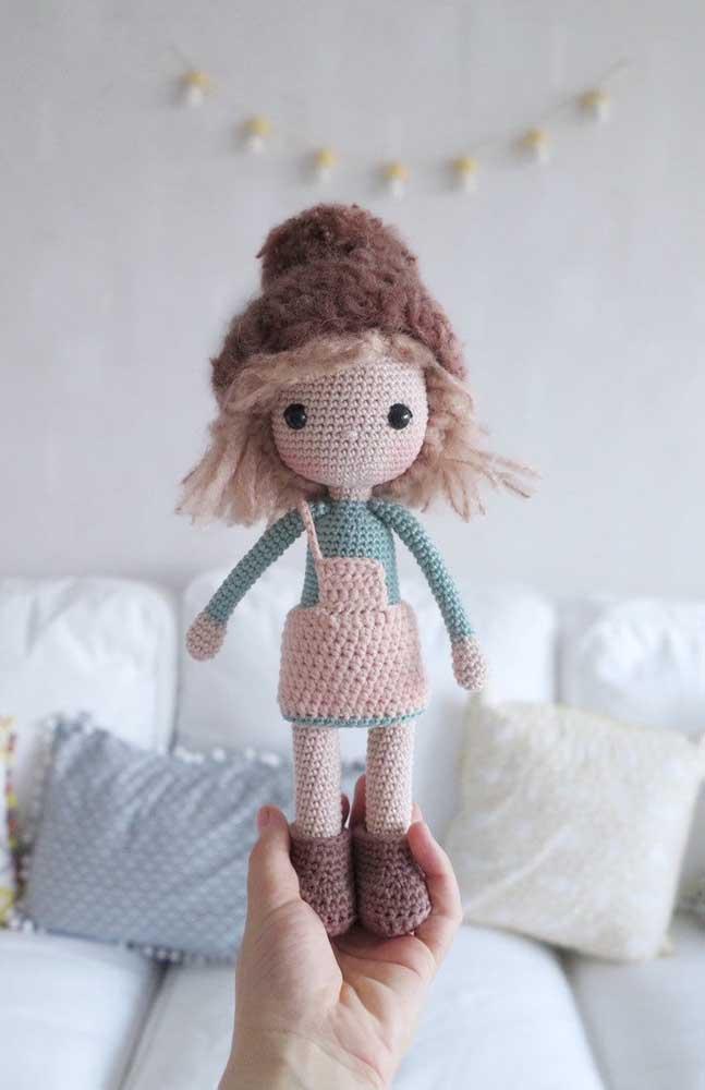 Coloque as crianças para indicar as opções de bonecas que devem ser feitas com a técnica amigurumi.