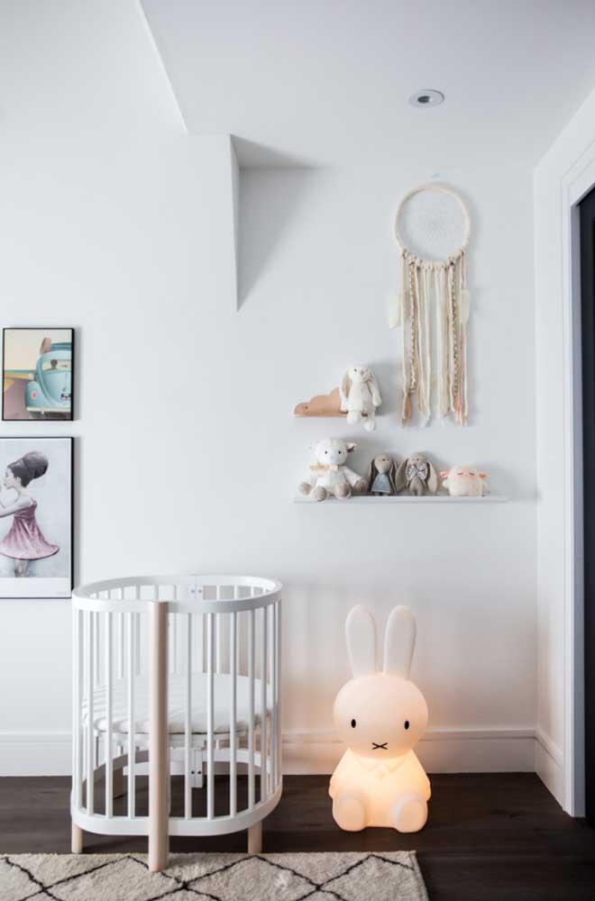 Mais uma opção de decoração com a cor branca. Agora apropriada para quartos de bebê.
