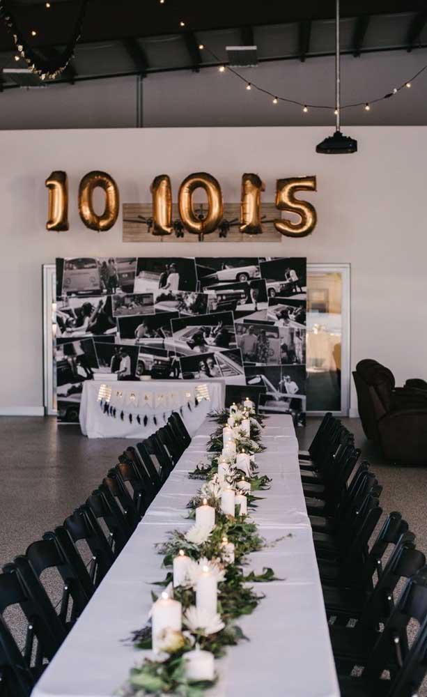 Exemplo de como dispor a mesa de jantar em um casamento simples para 100 pessoas