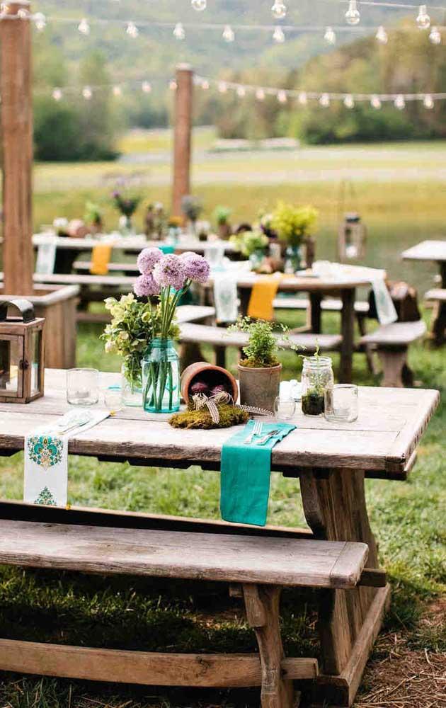 Inspiração de decoração da mesa de casamento rústico