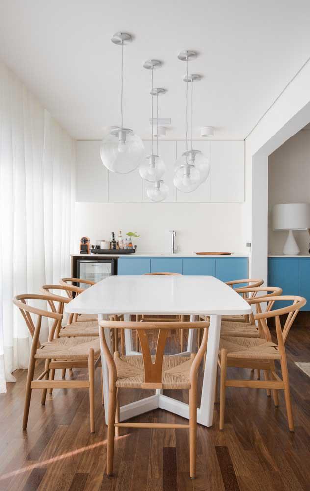 Luminárias são itens decorativos e funcionais indispensáveis em uma casa decorada