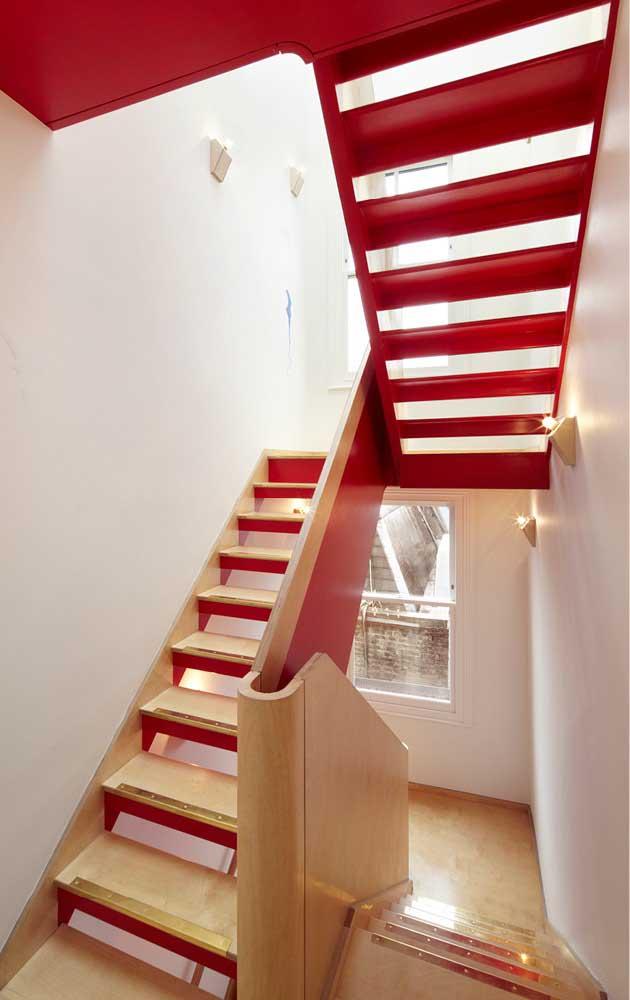 Olha aqui mais uma maneira criativa e original de inserir cores na casa decorada