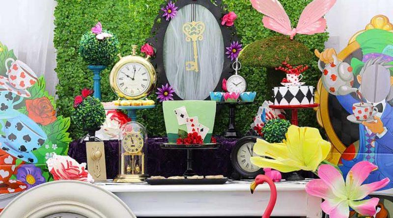 Festa Alice no País das Maravilhas: o que servir, cardápio e decoração