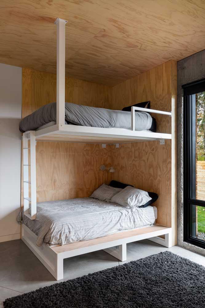 Revestimento de madeira para deixar o quarto mais quente e acolhedor