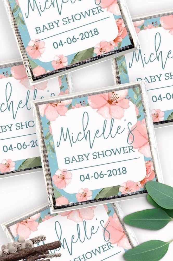 Sabonetes personalizados para o chá de bebê; você pode optar por comprar pronto ou fazer em casa