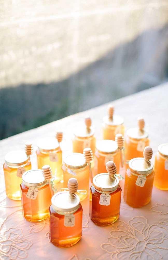 Potinhos de mel! Doce e delicada opção de lembrancinha de chá de bebê