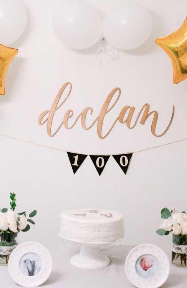 Por ser uma celebração pequena, não é preciso se preocupar com cardápio ou menu, apenas um bolinho para marcar a data