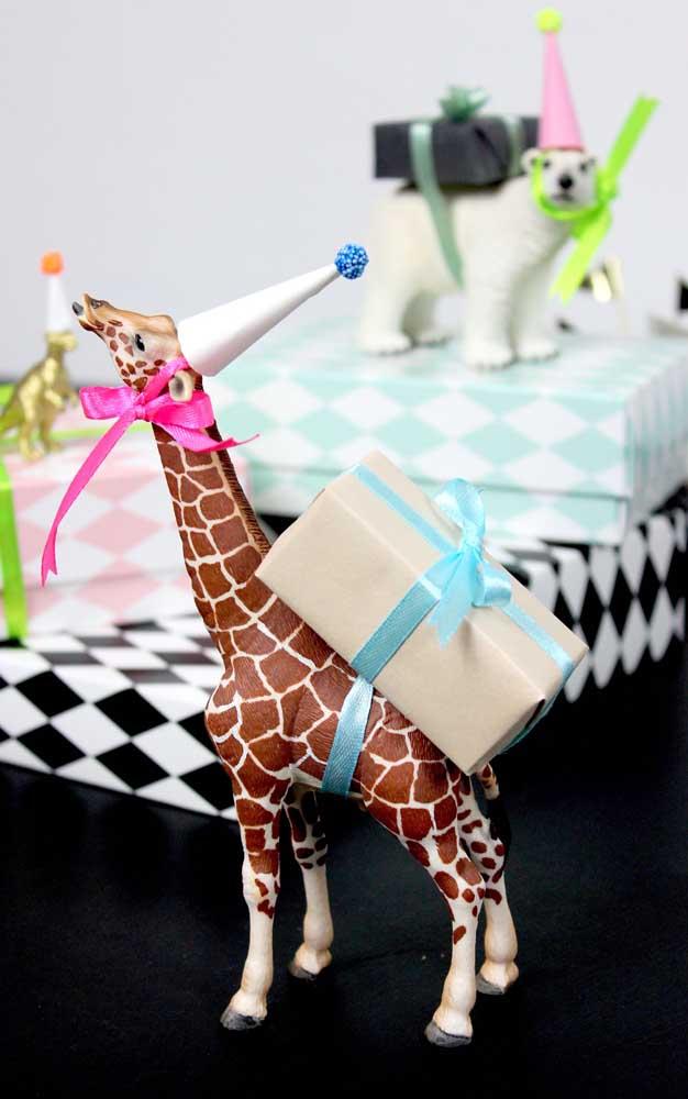 Ideia simples e fofa para decorar o mesversário do bebê