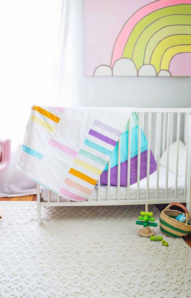 O quartinho do bebê também pode ser decorado com patchwork; escolha cores e estampas que se ajustem à proposta de decoração