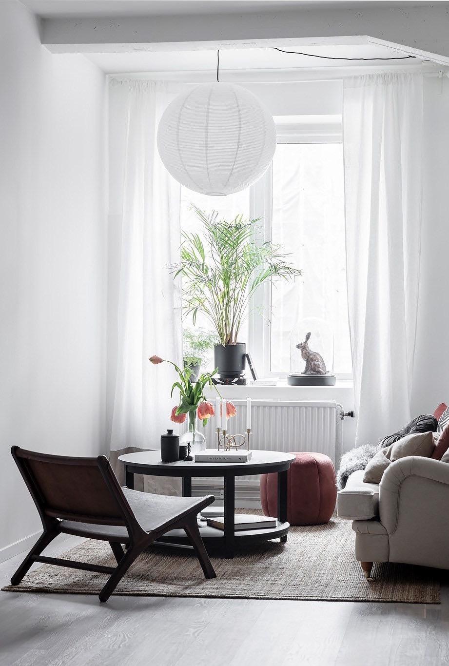 Existem diversos modelos de puff redondo, escolha aquele que combine melhor com a decoração da sua casa.