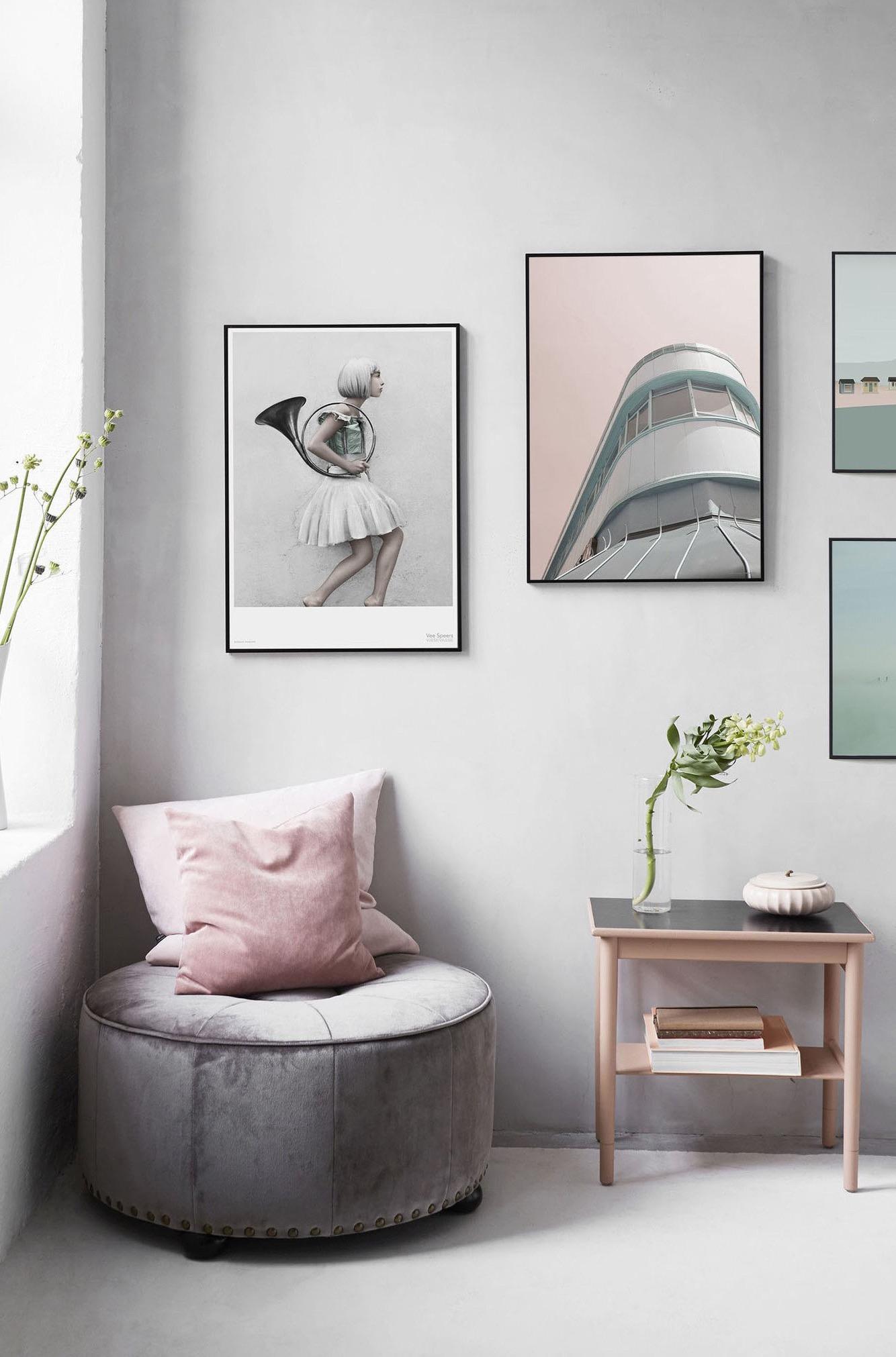Quer ter um espaço para relaxar? Coloque um puff confortável no cantinho da sua casa.