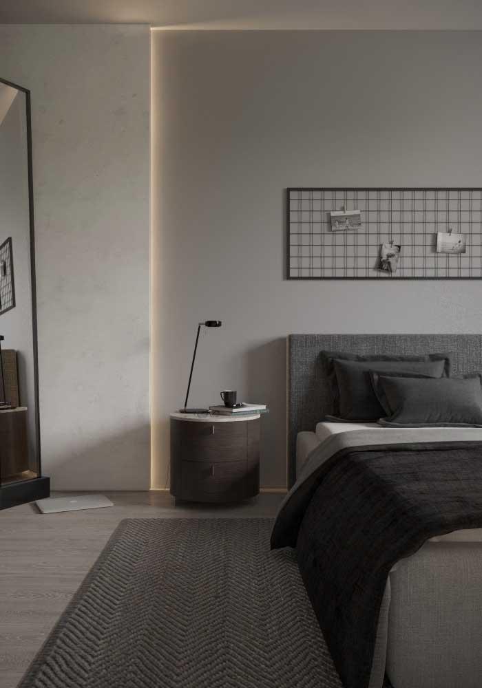 Para quem deseja ter um quarto com a aparência mais sóbria, a cor cinza é a ideal.