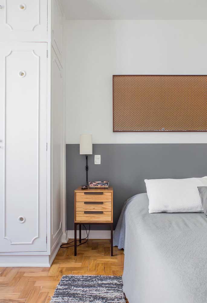 Por serem cores neutras, o quarto cinza e branco é perfeito para aqueles que preferem um ambiente mais clean.