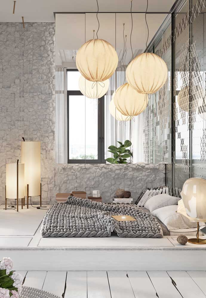 Quem disse que com a cor cinza você não consegue criar um ambiente completamente informal?