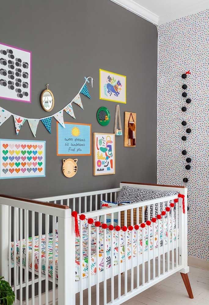 Usando a criatividade você consegue criar um quarto divertido para o bebê.