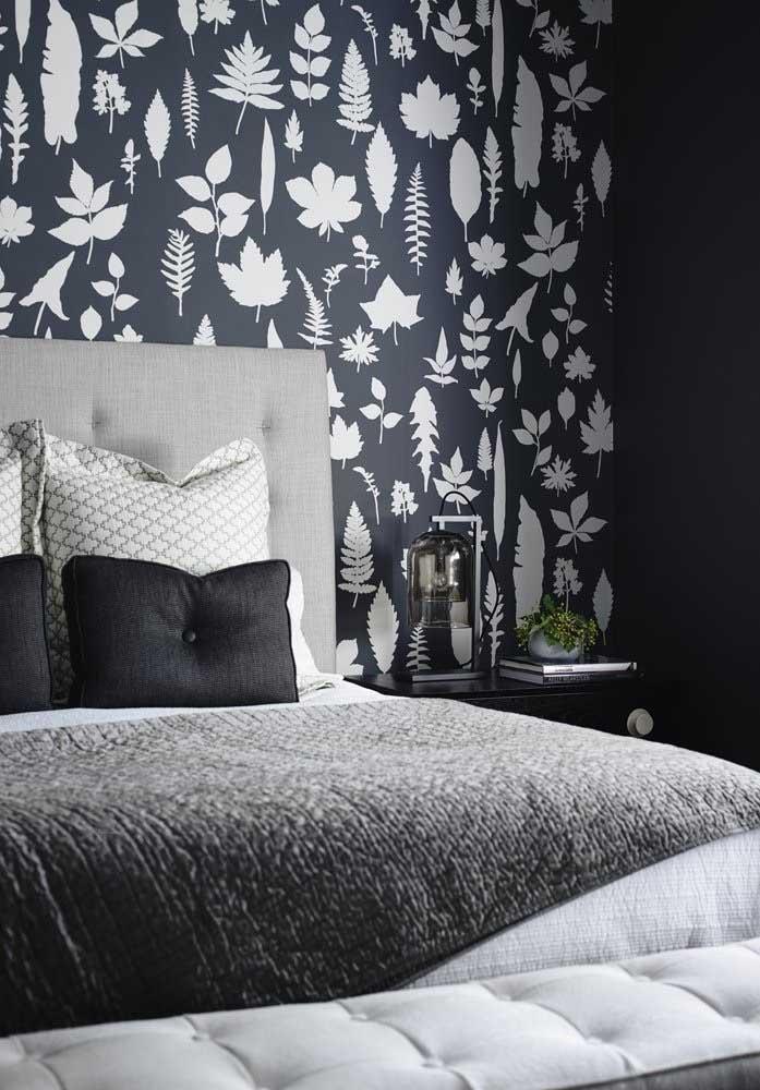 O quarto cinza e preto pode ser a combinação que você estava procurando.
