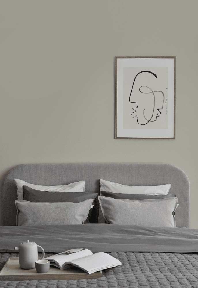 Se você não pretende ousar na decoração do seu quarto, mantenha a cor cinza no ambiente.
