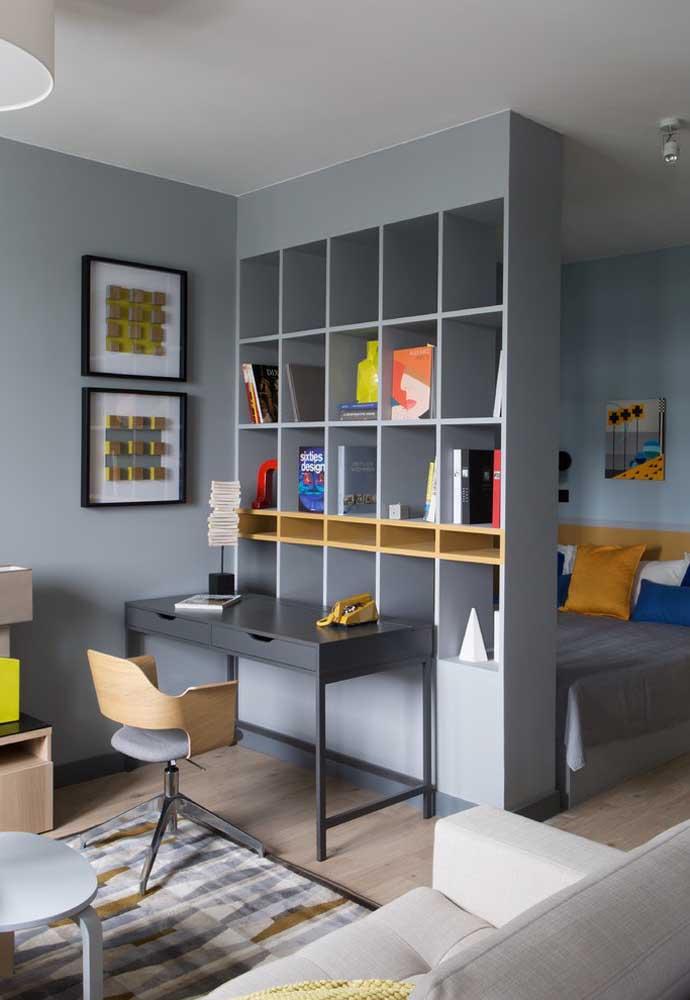 Você acha mesmo que não dá para transformar o quarto cinza em um ambiente colorido?