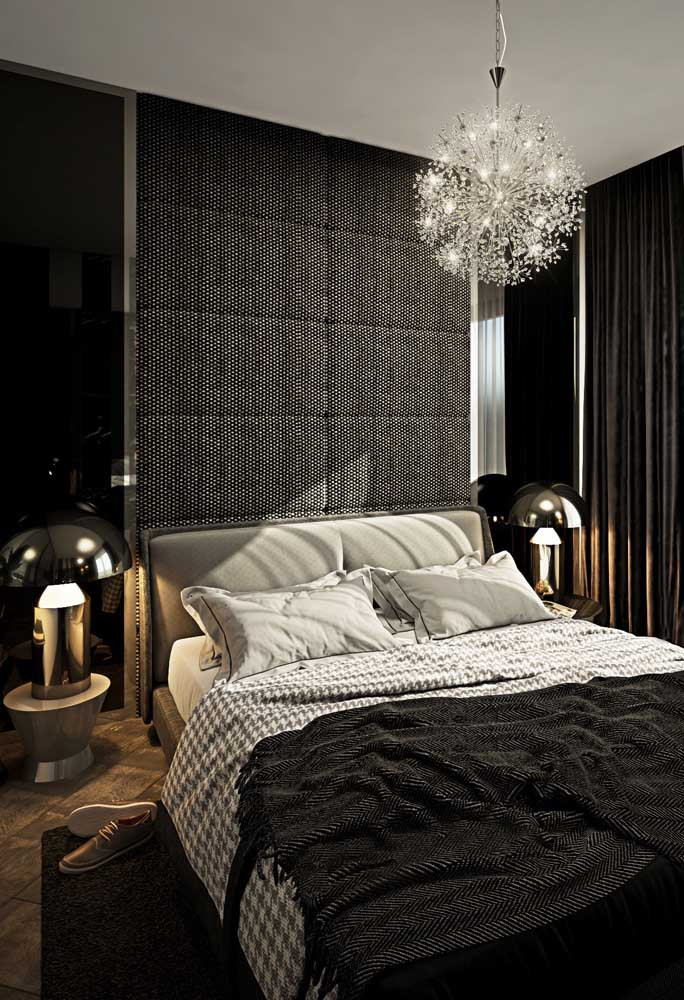 Que quarto cinza e preto perfeito para pessoas modernas.