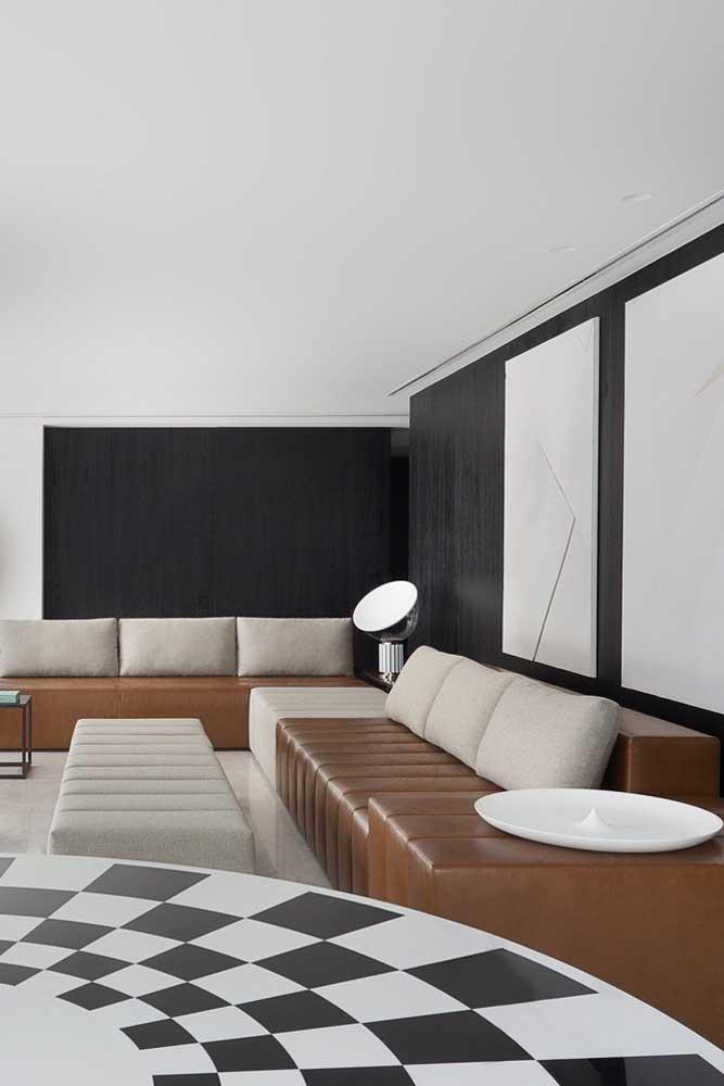 Uma opção que vale muito a pena também são os sofás modernos moduláveis, onde você tem a possibilidade de montá-lo conforme a necessidade
